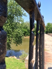 The mules' tow ropes wore grooves into this cast iron fencing at the beginning and end of the aqueduct.
