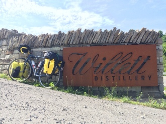 Willet's front sign.